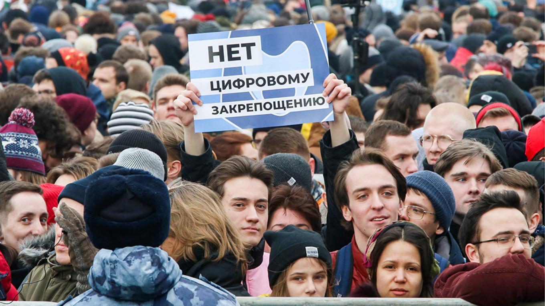 Le proteste a Mosca contro l'internet sovrano
